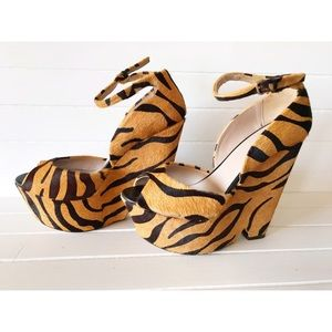 Zara Tiger Wedges New Size 39